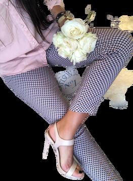 Spodnie cygaretki róż wzór Lola Fashion
