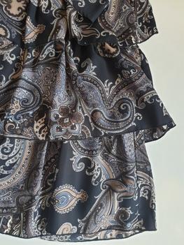 Sukienka wzorzysta czarna etno Lola Fashion