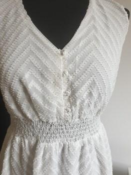 Made in Italy sukienka biała plumenti