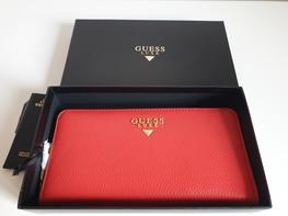 GUESS LUXE Portfel czerwony skórzany złote logo