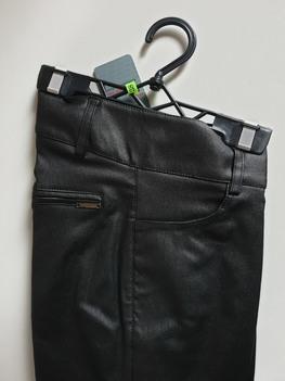 Sigma for You Spodnie woskowane czarne